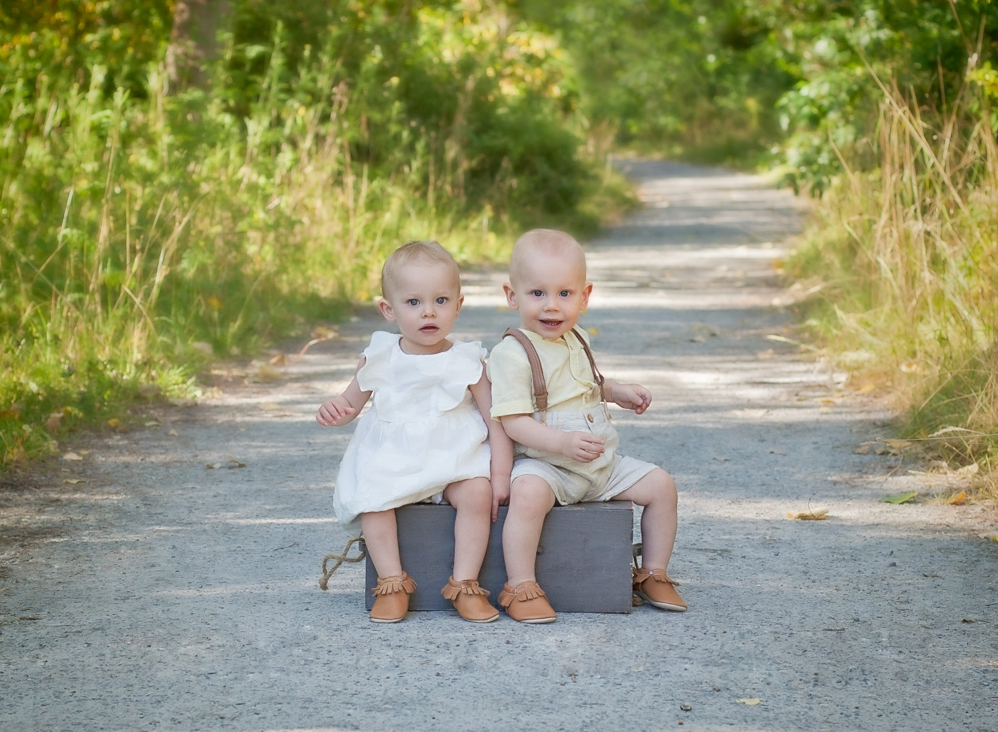 twins portrait photography comox valley