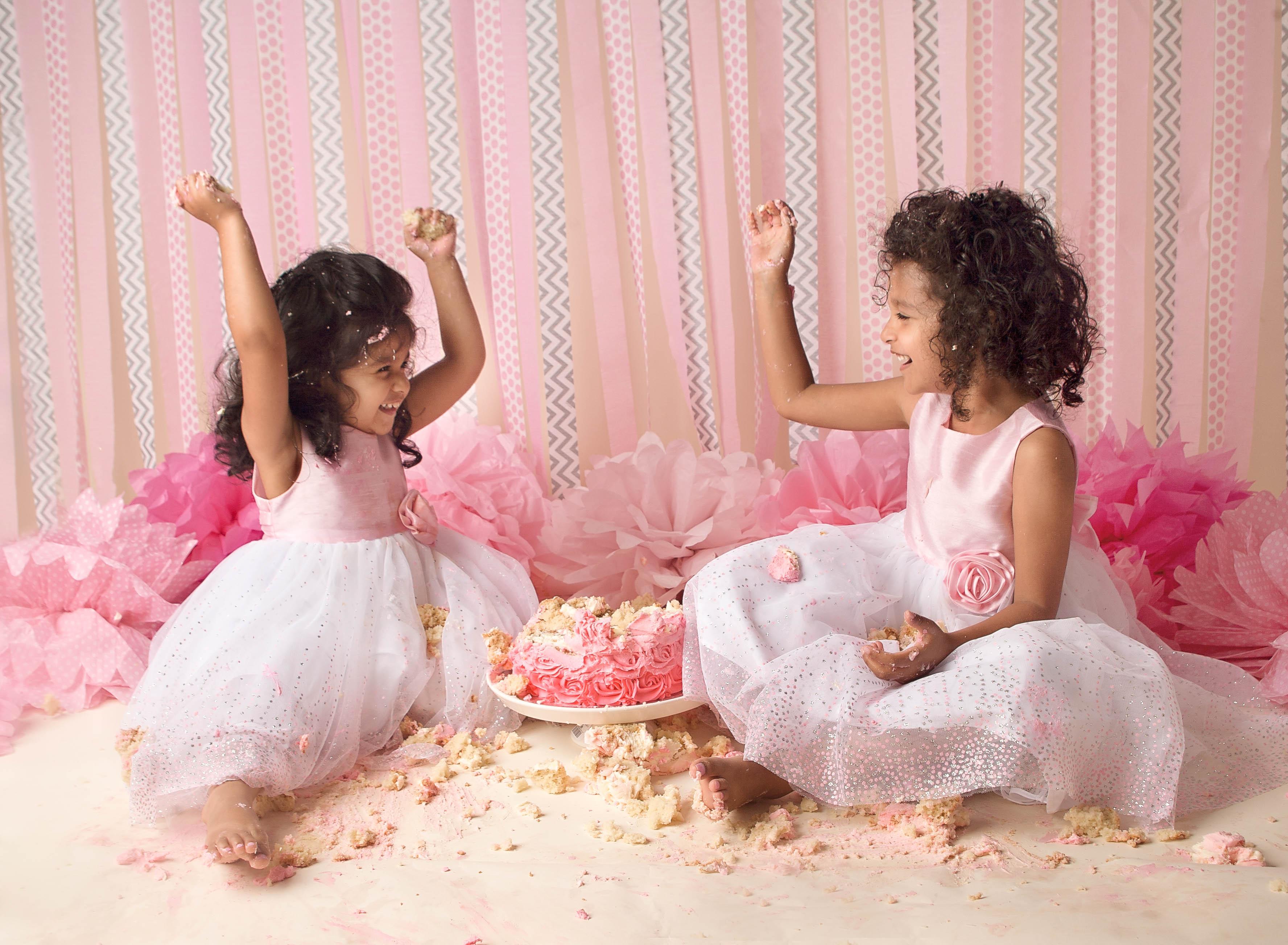 girls food fight cake smash comox valley