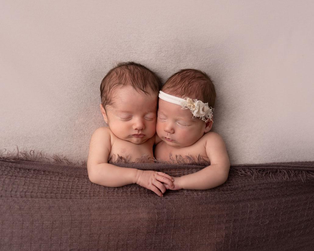 twins-newborn-photography-comox-valley
